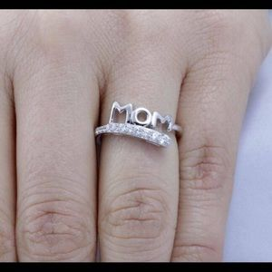Letter Mom Shaped 925 Silver White Sapphire Ring